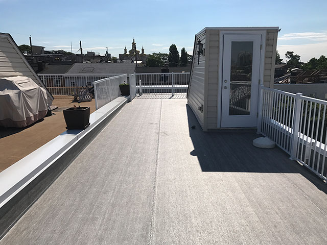 roof deck in Bethesda, MD with Duradek vinyl decking and Durarail railings