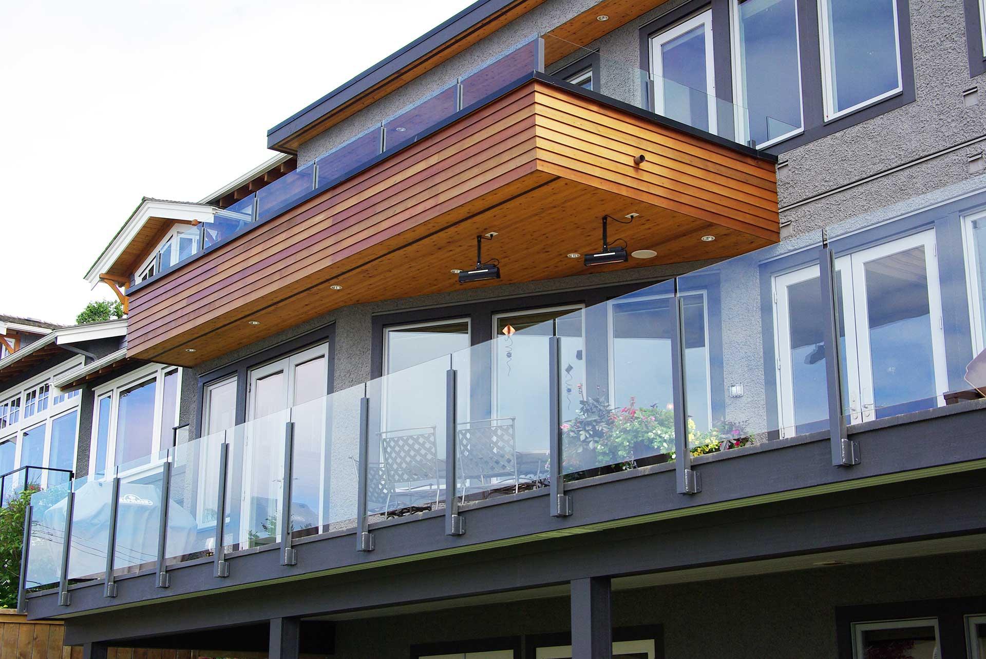 Glass railing duradek