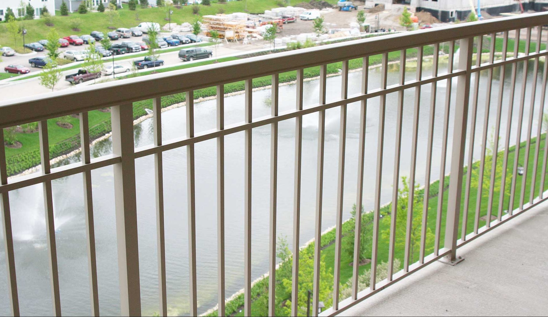 Aluminum Deck Railing Facts Use And Construction
