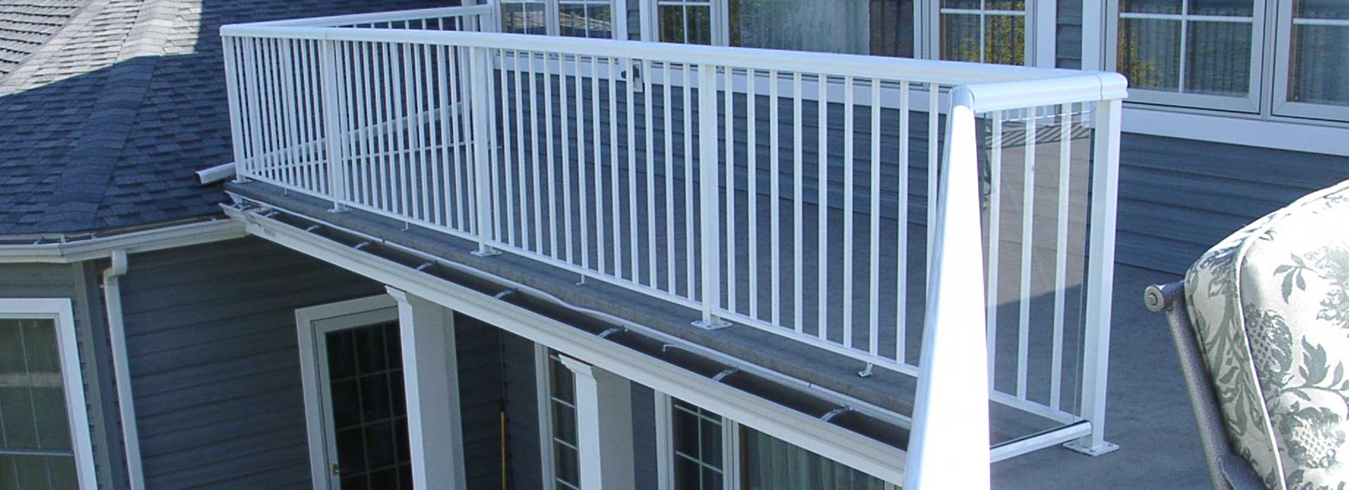 Deck Railing Image Gallery Aluminum Railing Stairs And