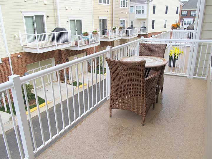 Deck Balcony Railing Applications With Durability Durarail