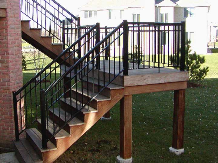Picket Outdoor Stair Railings