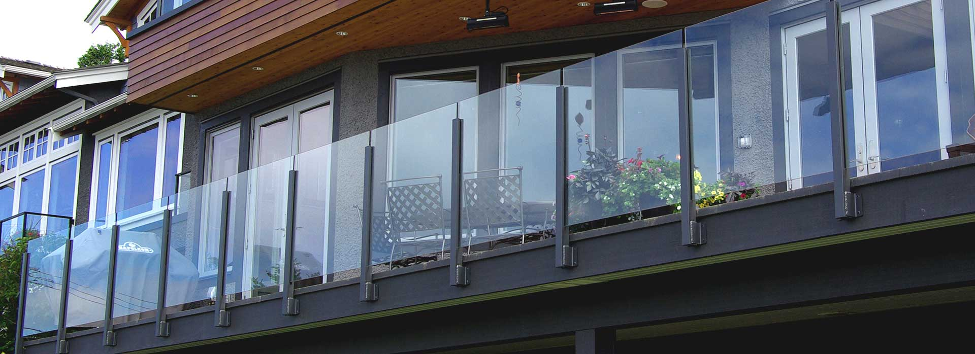 Deck railing overview on our aluminum railing systems for Balcony decking