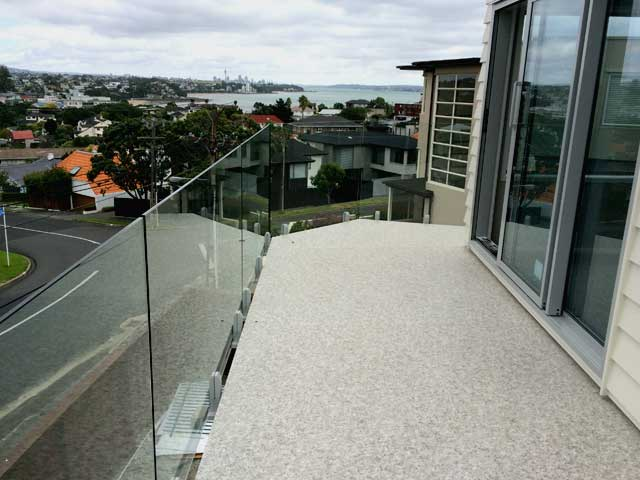 Balcony with Duradek vinyl waterproof membrane in Auckland - Decks New Zealand