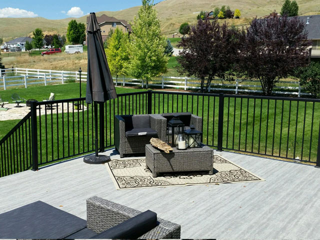 Building the Deck of Your Dreams - Duradek Legacy Driftwood Vinyl Decking