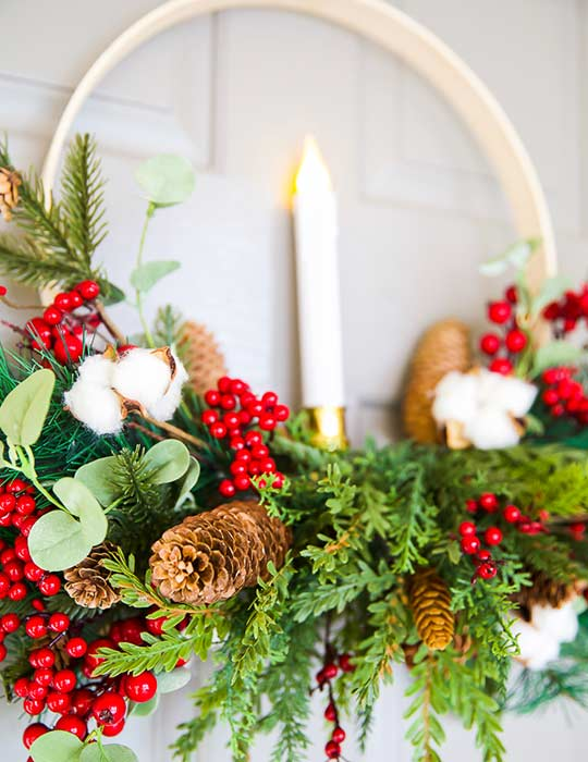 Decorate your porch for Christmas with wreaths