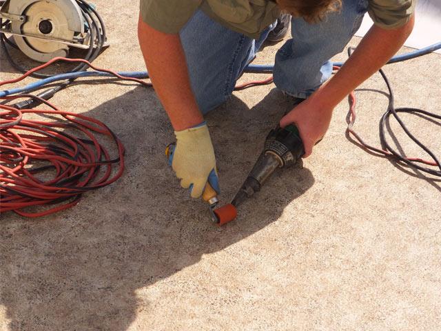 heat welding pvc membrane on roof deck